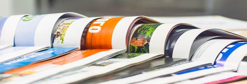 Gestaltung und Layout von Drucksachen – Wir gestalten professionelle Flyer, Prospekte, Broschüren, Beschriftungen, Briefbogen, Visitenkarten, Zeitschriften und vieles mehr.